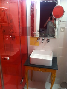 Bijou bathroom